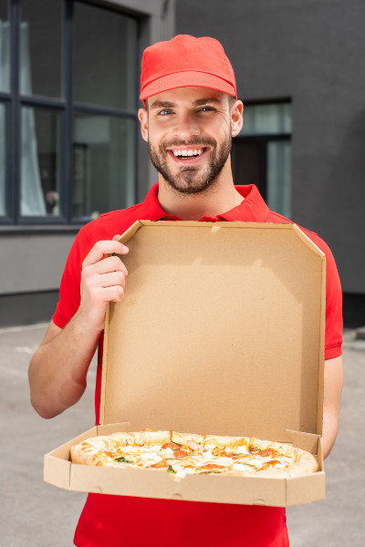 how much to pay a pizza delivery driver